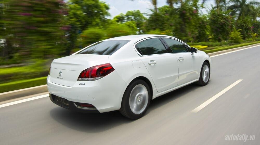 """Peugeot 508 – Chất lượng """"ngoại"""", giá """"nội"""" - Hình 11"""