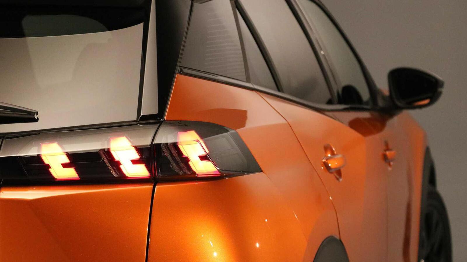 Peugeot giới thiệu 2008 thế hệ mới: Đối thủ của Ford EcoSport hay Honda HR-V - Hình 17