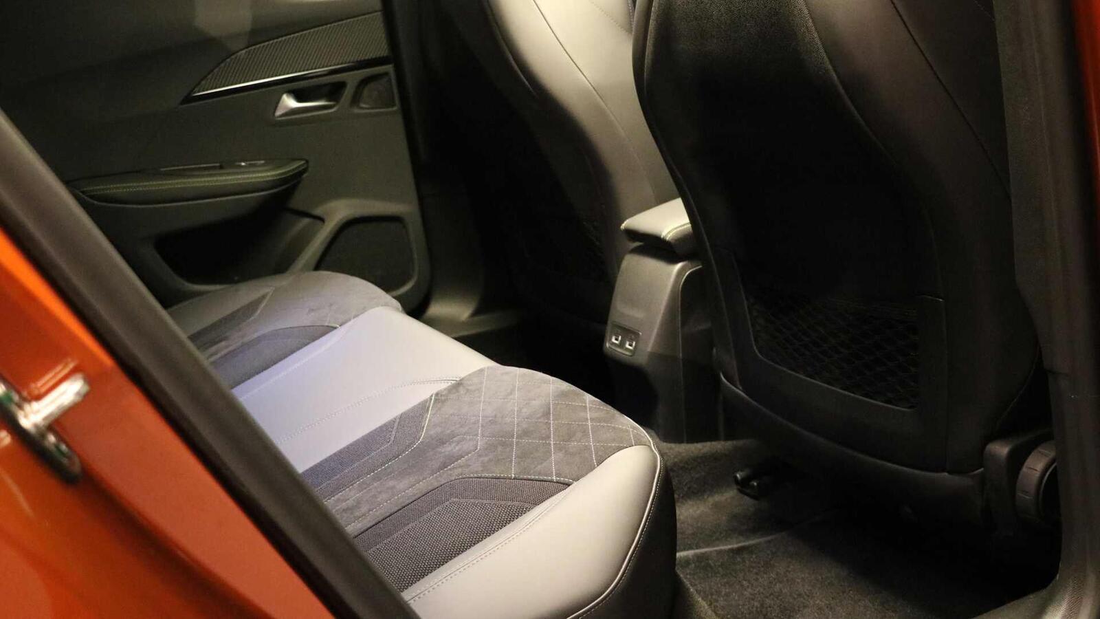 Peugeot giới thiệu 2008 thế hệ mới: Đối thủ của Ford EcoSport hay Honda HR-V - Hình 9