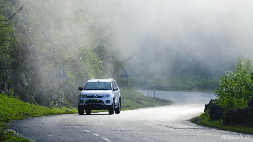"""Phấn khích cùng """"chiến binh"""" Mitsubishi Pajero Sport 4x4 AT - Hình 9"""