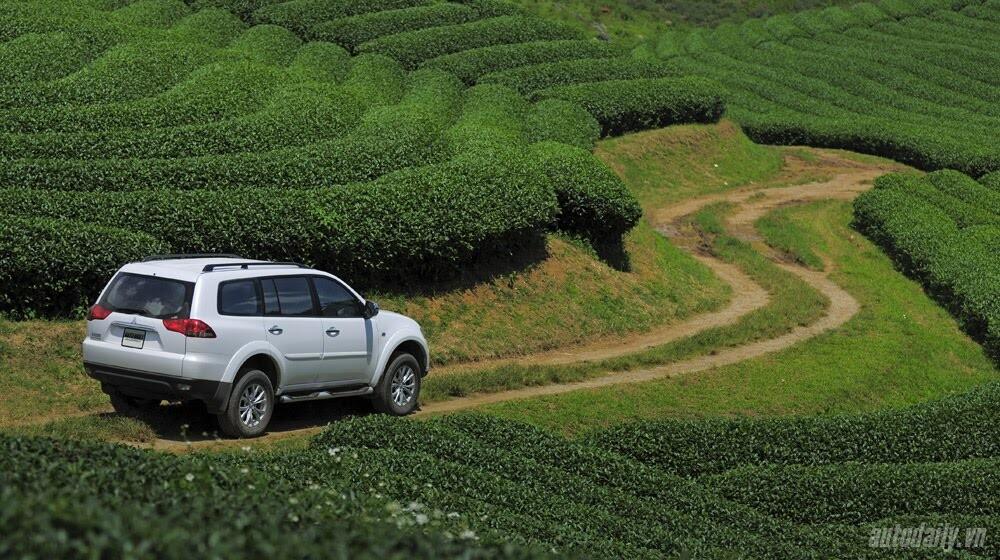 """Phấn khích cùng """"chiến binh"""" Mitsubishi Pajero Sport 4x4 AT - Hình 12"""