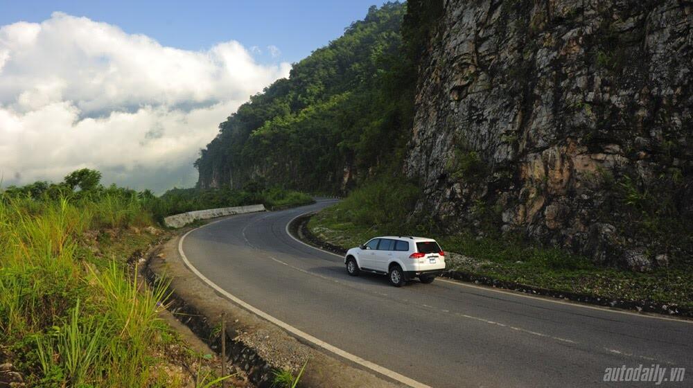 """Phấn khích cùng """"chiến binh"""" Mitsubishi Pajero Sport 4x4 AT - Hình 14"""