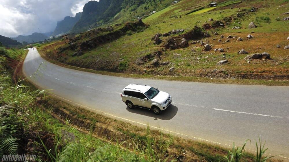 """Phấn khích cùng """"chiến binh"""" Mitsubishi Pajero Sport 4x4 AT - Hình 15"""