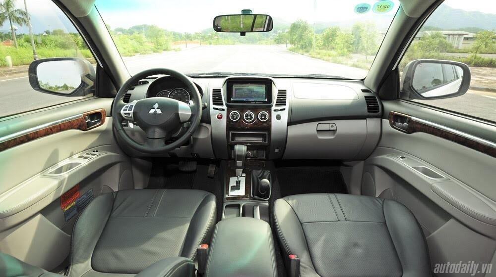"""Phấn khích cùng """"chiến binh"""" Mitsubishi Pajero Sport 4x4 AT - Hình 24"""