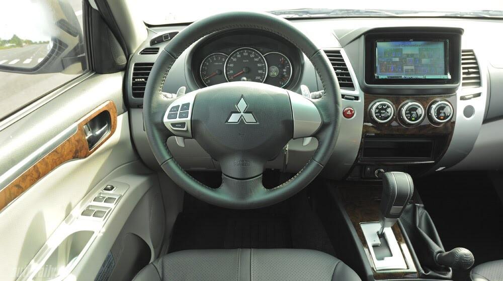 """Phấn khích cùng """"chiến binh"""" Mitsubishi Pajero Sport 4x4 AT - Hình 25"""