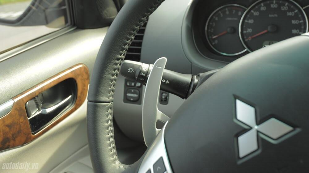 """Phấn khích cùng """"chiến binh"""" Mitsubishi Pajero Sport 4x4 AT - Hình 26"""