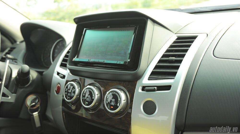 """Phấn khích cùng """"chiến binh"""" Mitsubishi Pajero Sport 4x4 AT - Hình 27"""