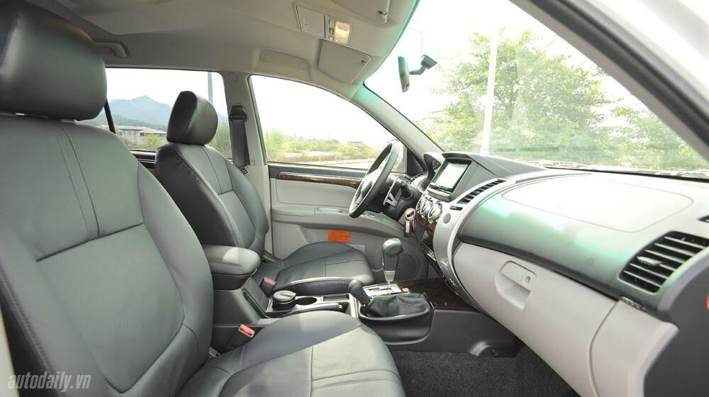 """Phấn khích cùng """"chiến binh"""" Mitsubishi Pajero Sport 4x4 AT - Hình 30"""