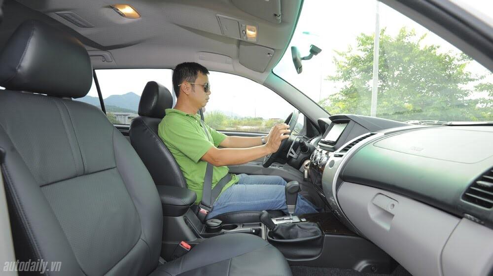 """Phấn khích cùng """"chiến binh"""" Mitsubishi Pajero Sport 4x4 AT - Hình 31"""