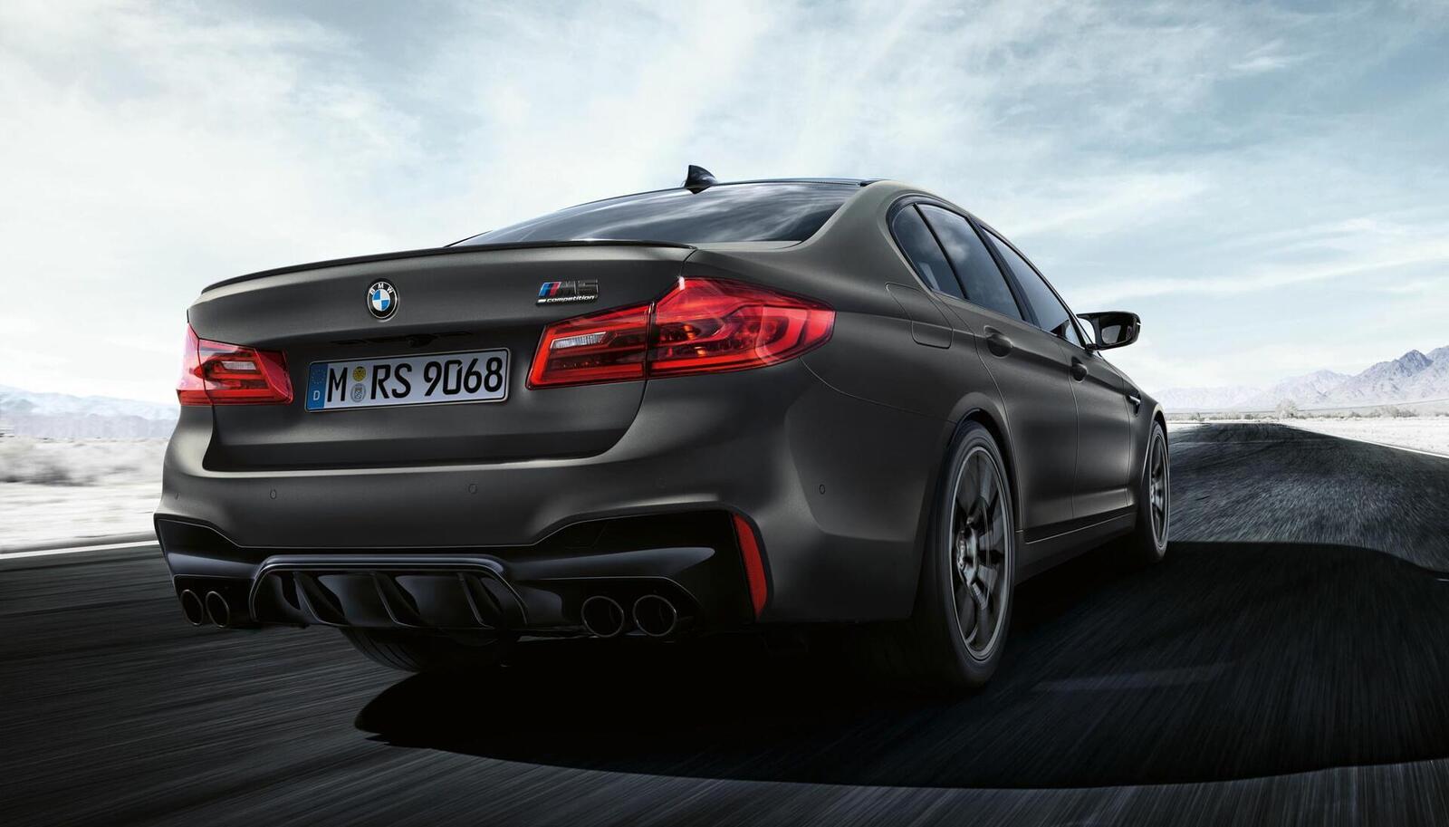 """Phiên bản đặc biệt của BMW tên M5 """"Edition 35 Jahre"""" được sản xuất giới hạn chỉ 350 chiếc - Hình 9"""