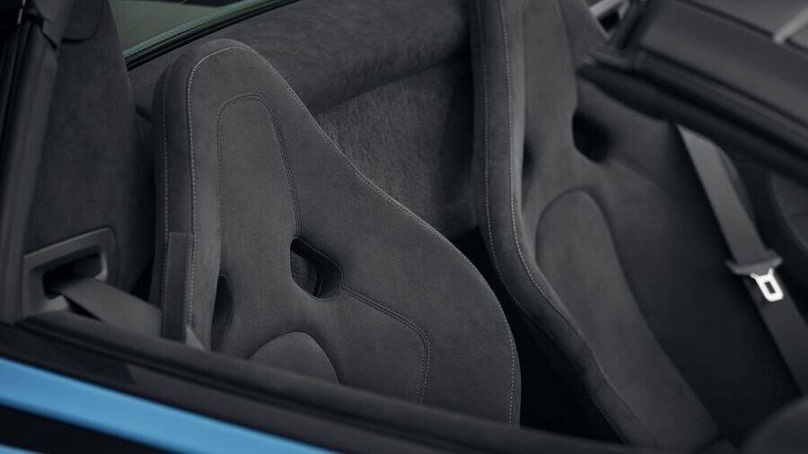 Phiên bản McLaren 570S Spider Track Pack nhẹ hơn 33kg so với mẫu xe tiêu chuẩn - Hình 5