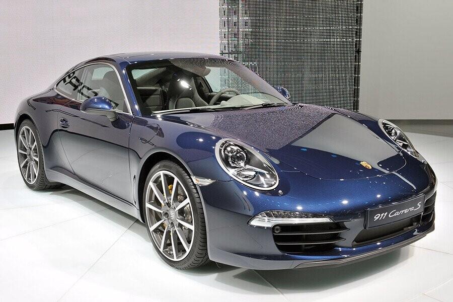 Tổng Quan Porsche 911 Carrera