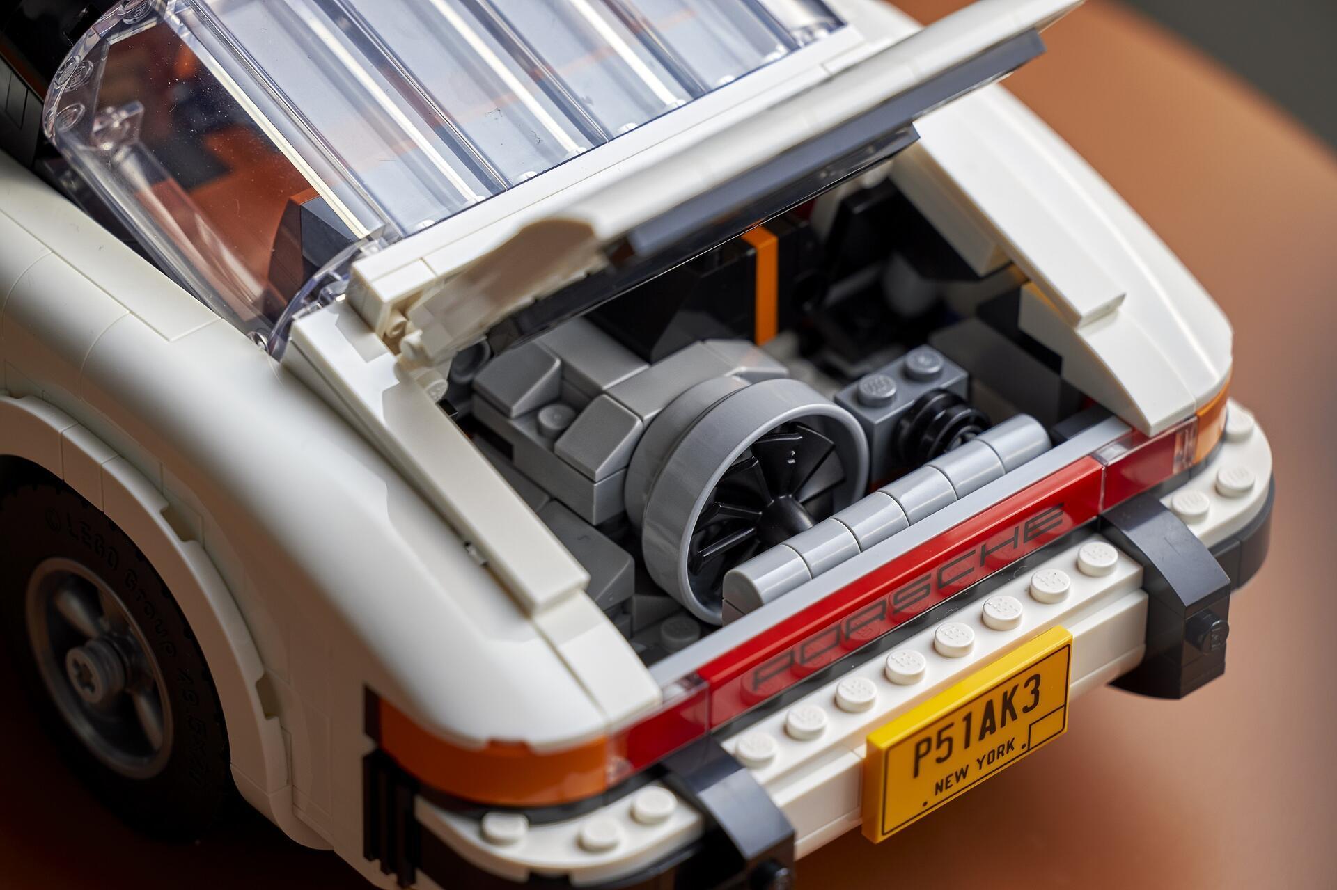 porsche-911-duoc-lam-tu-1-458-mieng-lego