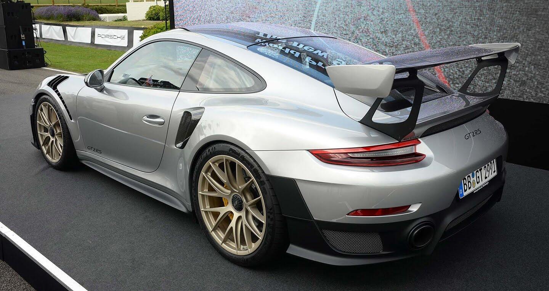 Porsche 911 GT2 RS 2018 chính thức trình làng - Hình 4