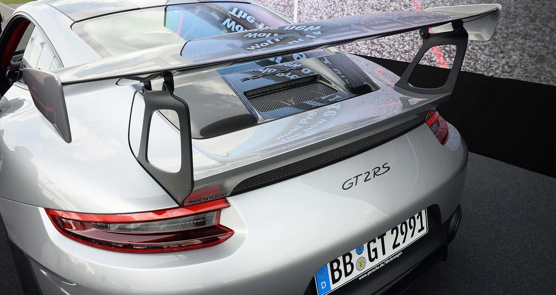 Porsche 911 GT2 RS 2018 chính thức trình làng - Hình 5