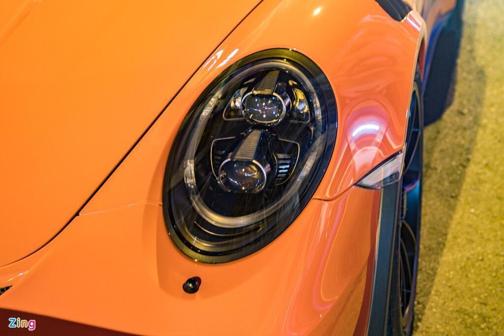 porsche-911-gt3-rs-tung-cua-ong-dang-le-nguyen-vu-tai-xuat-tai-tp-hcm