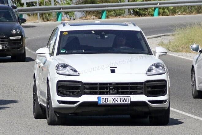 Porsche Cayenne 2017 lộ diện trên đường thử - Hình 1