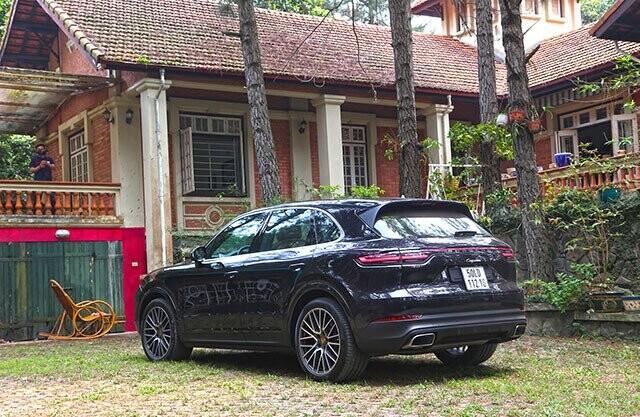 Porsche Cayenne – SUV toàn năng cho nhà giàu - Hình 2