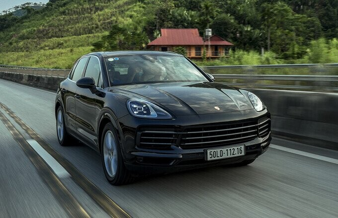 Porsche Cayenne – SUV toàn năng cho nhà giàu - Hình 6