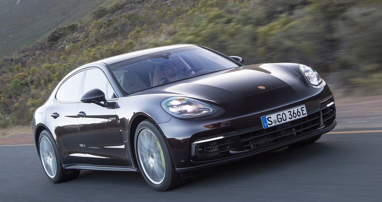 Porsche lập kỷ lục mới về doanh số năm 2017 - Hình 1