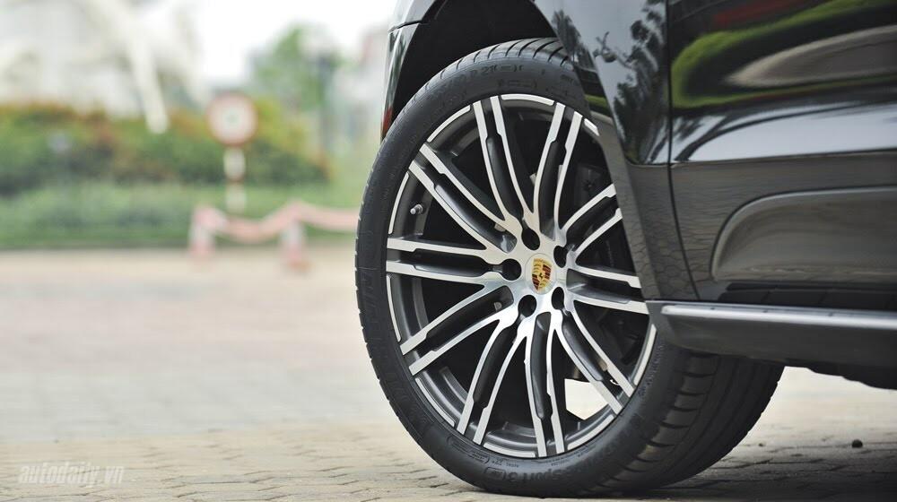 Porsche Macan: Đẳng cấp SUV cỡ nhỏ - Hình 3