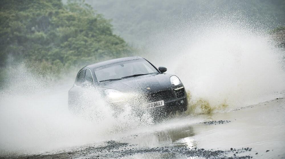 Porsche Macan: Đẳng cấp SUV cỡ nhỏ - Hình 10