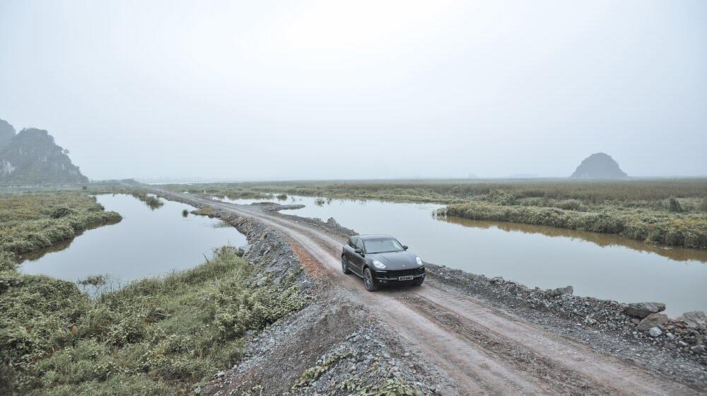 Porsche Macan: Đẳng cấp SUV cỡ nhỏ - Hình 13