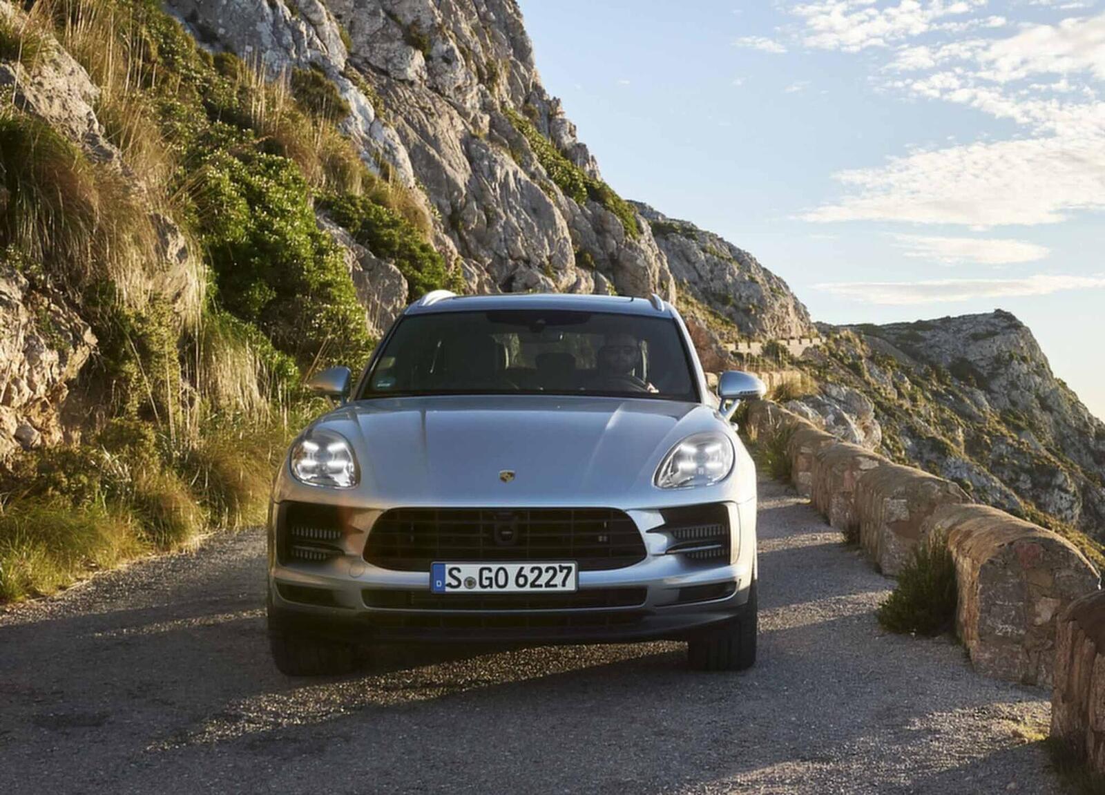 Porsche Macan S 2019 có giá 3,62 tỷ đồng tại Việt Nam; lắp máy V6 3.0L tăng áp mạnh mẽ - Hình 3