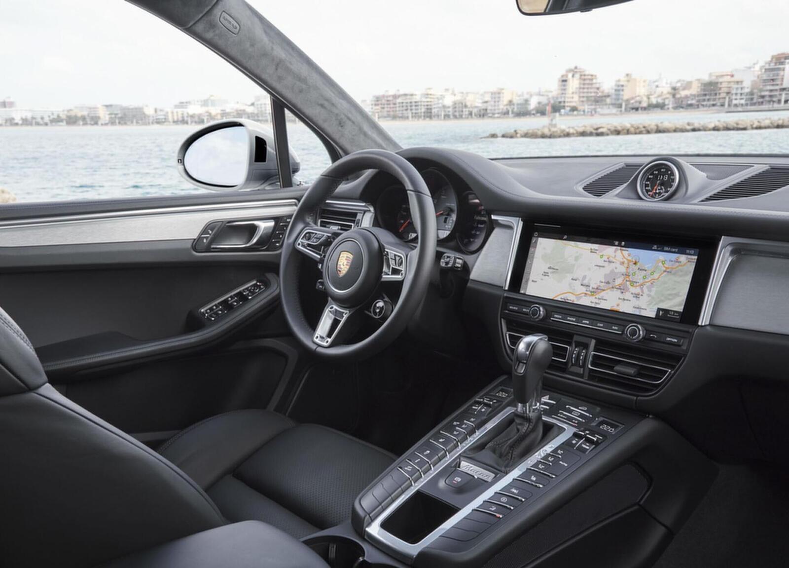 Porsche Macan S 2019 có giá 3,62 tỷ đồng tại Việt Nam; lắp máy V6 3.0L tăng áp mạnh mẽ - Hình 4