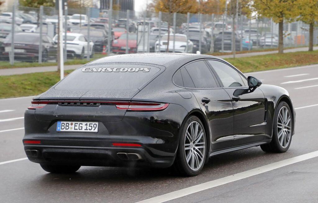 Porsche Panamera 2021 dần lộ diện, ngày càng giống người anh em 992