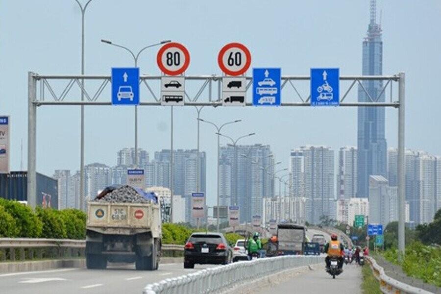 Quy định mới về tốc độ tối đa cho các loại xe từ ngày 15/10/2019