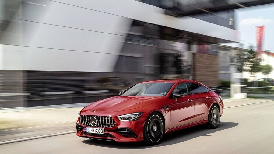Ra mắt mẫu Mercedes-AMG GT 43 4-Door Coupe sử dụng động cơ 6 xi-lanh thẳng hàng - Hình 1
