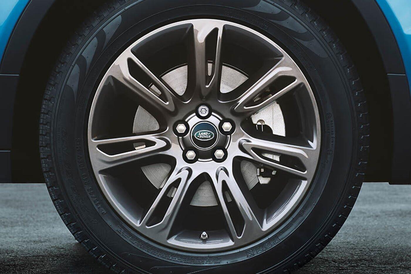 Range Rover Evoque Landmark bản đặc biệt có giá từ 74.350 USD - Hình 7