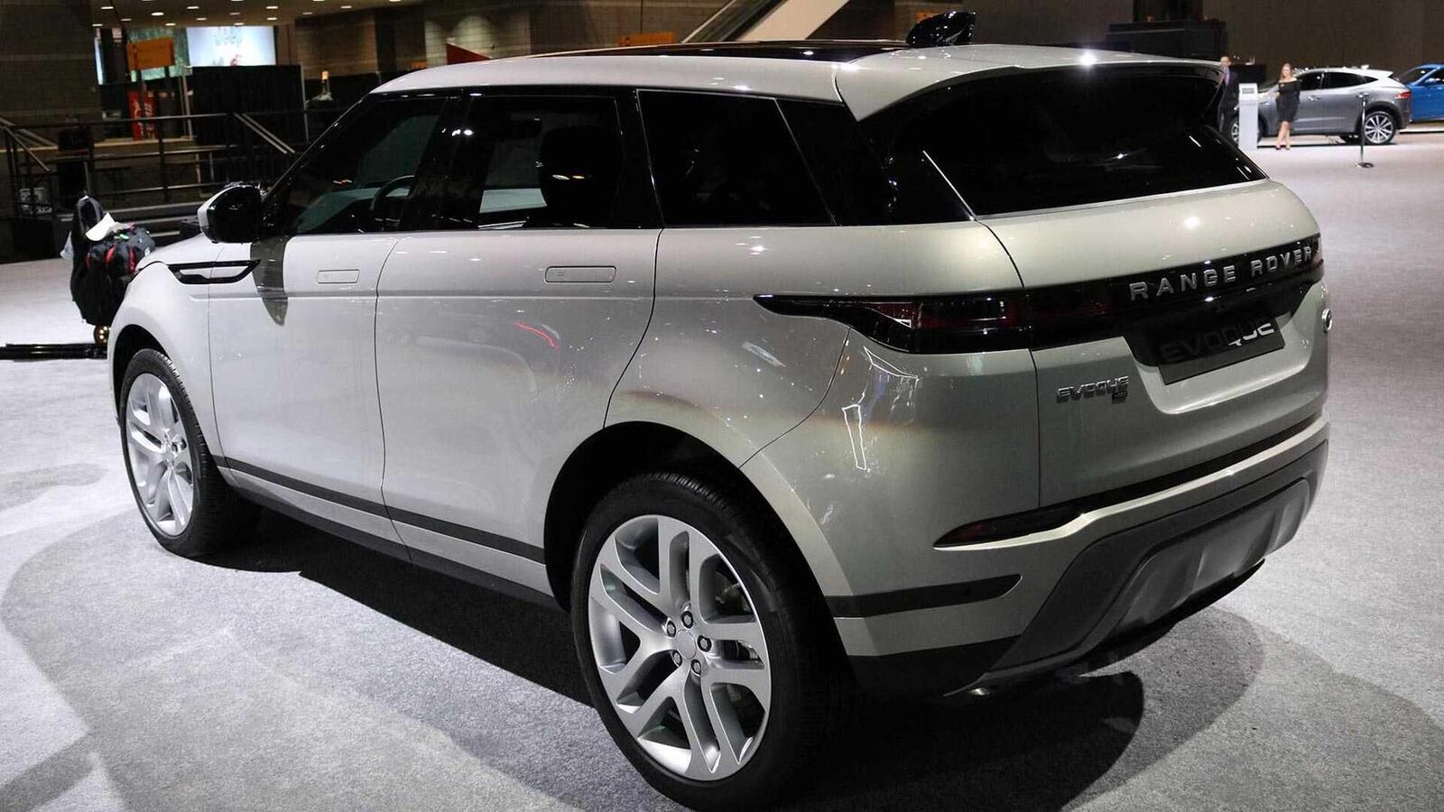 Range Rover Evoque mới tại Mỹ có giá từ 43.645 USD, đắt hơn Audi Q5 và Mercedes GLC - Hình 3