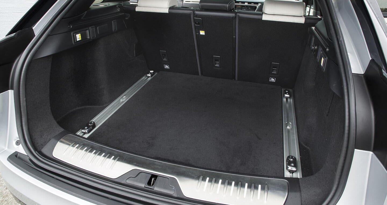 """Range Rover Velar """"chào"""" thị trường ĐNÁ với giá bán từ 180.450 USD - Hình 9"""