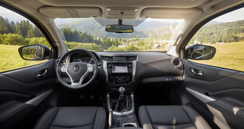 """Renault Alaskan, """"người anh em"""" của Mercedes X-Class, đến trời Âu - Hình 2"""