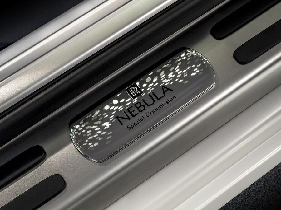 Rolls-Royce sẽ giới thiệu 4 chiếc Cullinan tùy biến độc đáo tại Pebble Beach - Hình 6