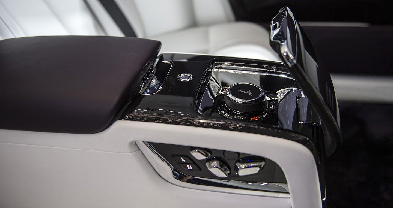 Rolls-Royce Phantom thế hệ thứ VIII chính thức ra mắt - Hình 13