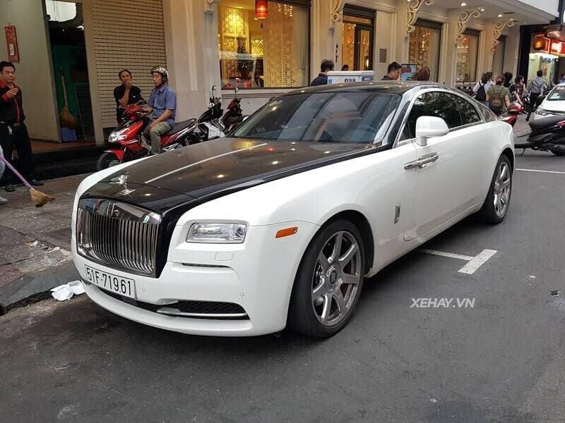 Rolls-Royce Wraith - xế cũ của của ông chủ Trung Nguyên xuống phố với phong cách Panda - Hình 1
