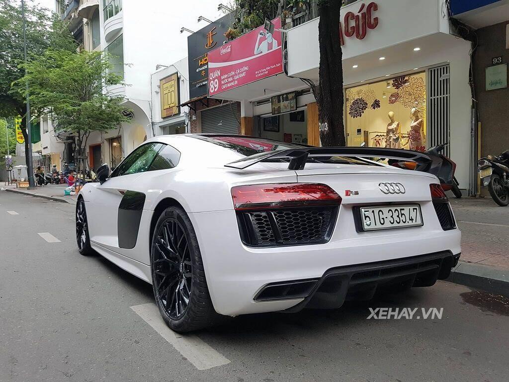 Sài Gòn: Audi R8 V10 Plus lặng lẽ xuất hiện trên phố - Hình 4