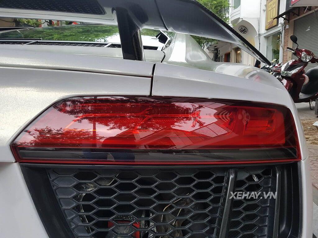 Sài Gòn: Audi R8 V10 Plus lặng lẽ xuất hiện trên phố - Hình 12