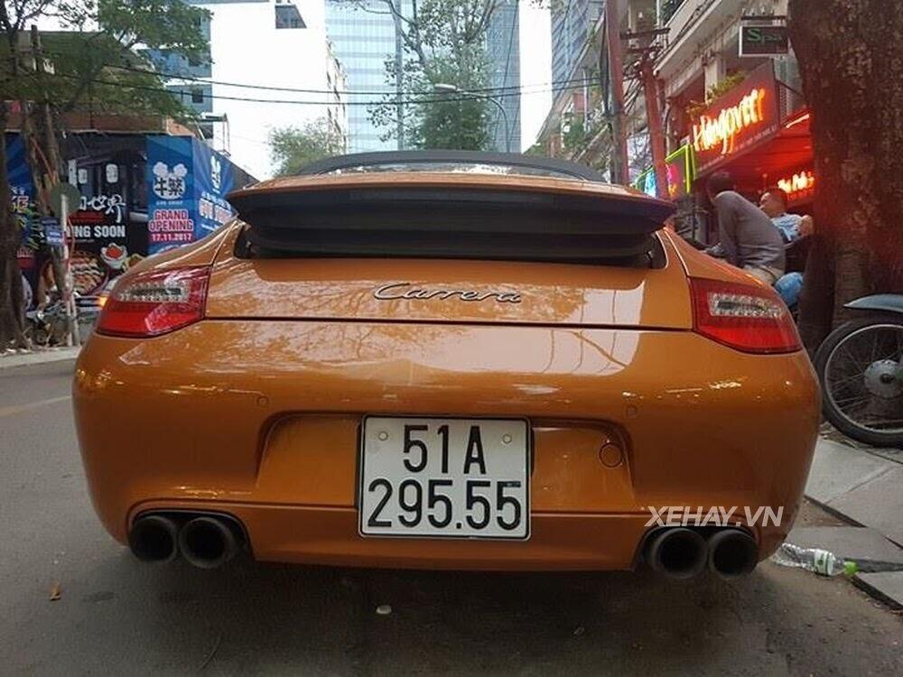 Sài Gòn: Bắt gặp Porsche 911 Carrera Cabriolet dạo phố ngày cuối tuần - Hình 4