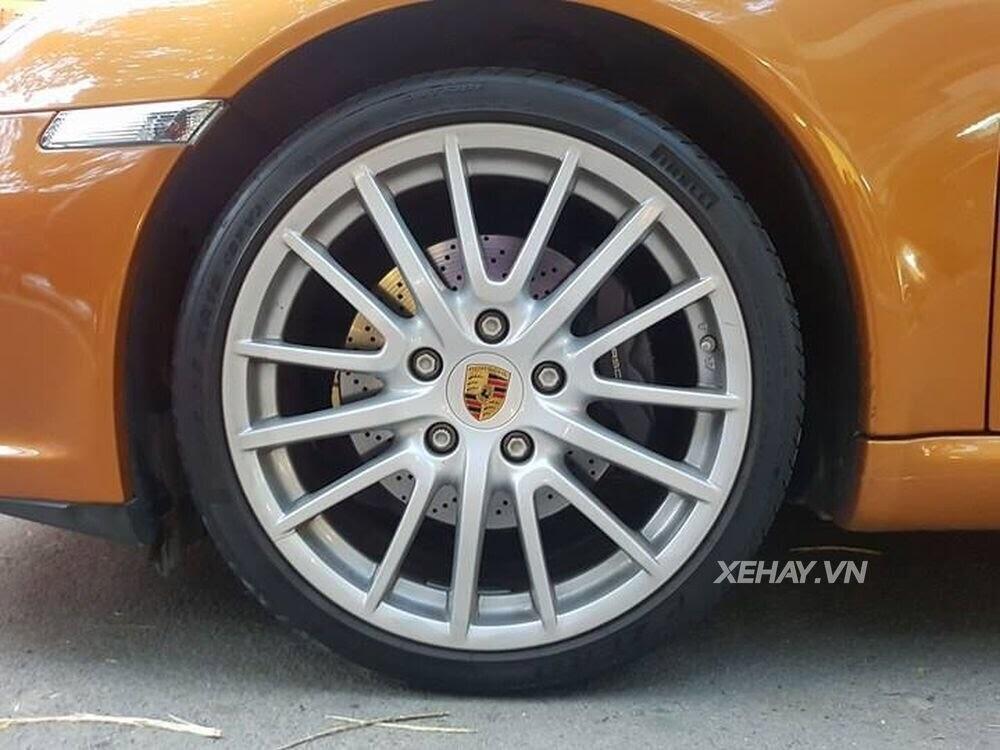 Sài Gòn: Bắt gặp Porsche 911 Carrera Cabriolet dạo phố ngày cuối tuần - Hình 7