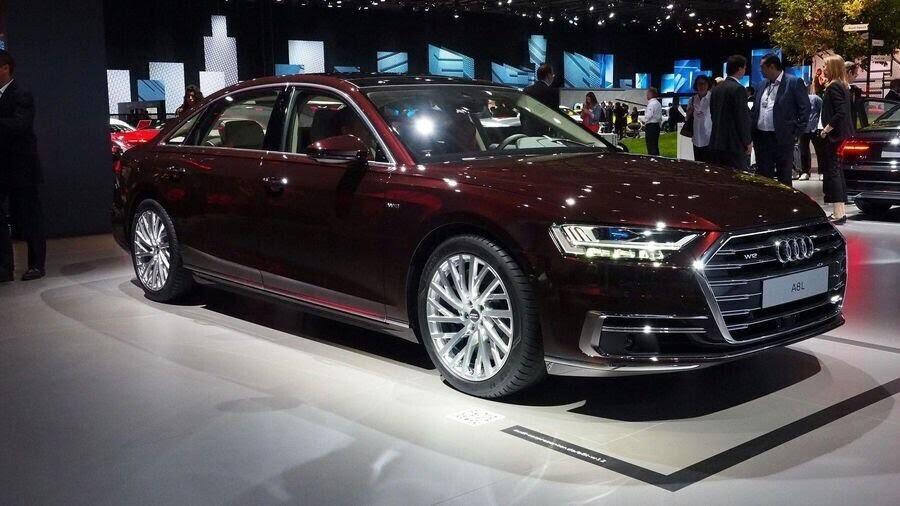 Sau A8 mới, Audi sẽ loại bỏ cỗ máy W12 mạnh mẽ mãi mãi - Hình 2