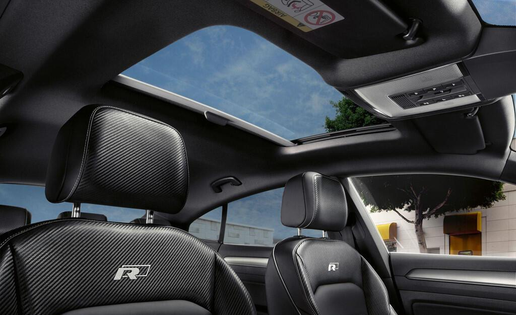 sedan-dau-bang-cua-volkswagen-chot-gia-re-hon-bmw-3-series-5.jpg