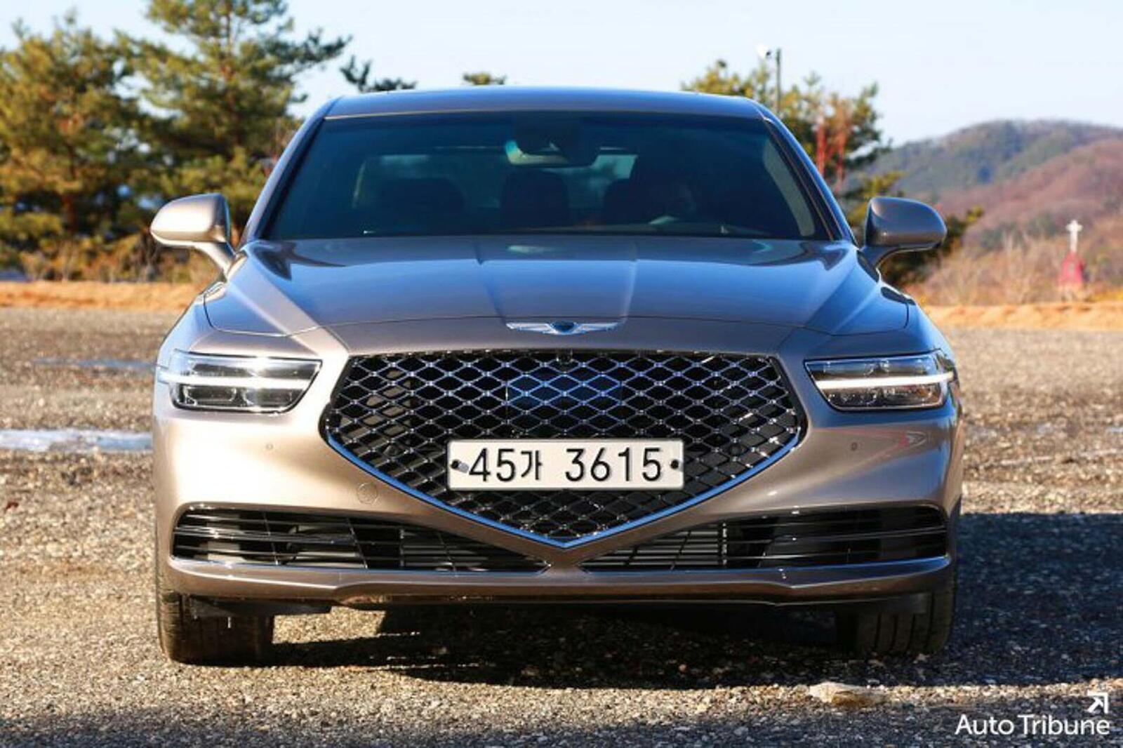 Sedan hạng sang Genesis G90 2020 mới ra mắt cuối tháng 11/2018 lộ ảnh cực nóng - Hình 1