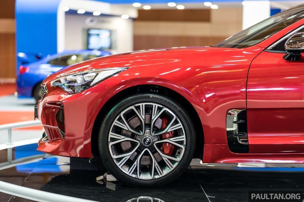 Sedan thể thao Kia Stinger GT cập bến Đông Nam Á, giá từ 33.000 USD - Hình 5