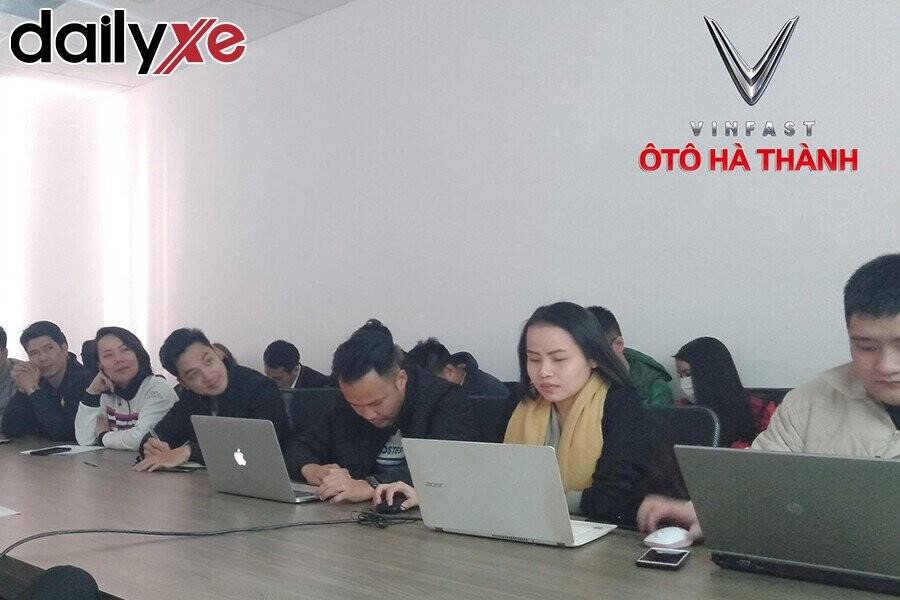 Đội ngũ nhân viên của Vinfast Ô tô Hà Thành