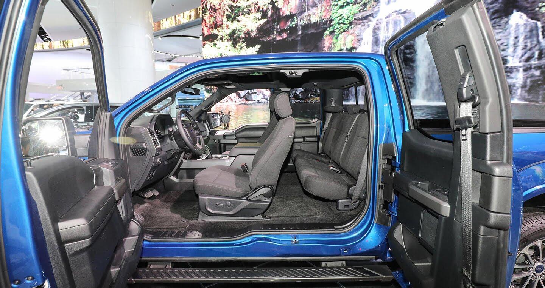 """""""Siêu bán tải"""" Ford F-150 2018 có giá khởi điểm 28.675 USD - Hình 8"""