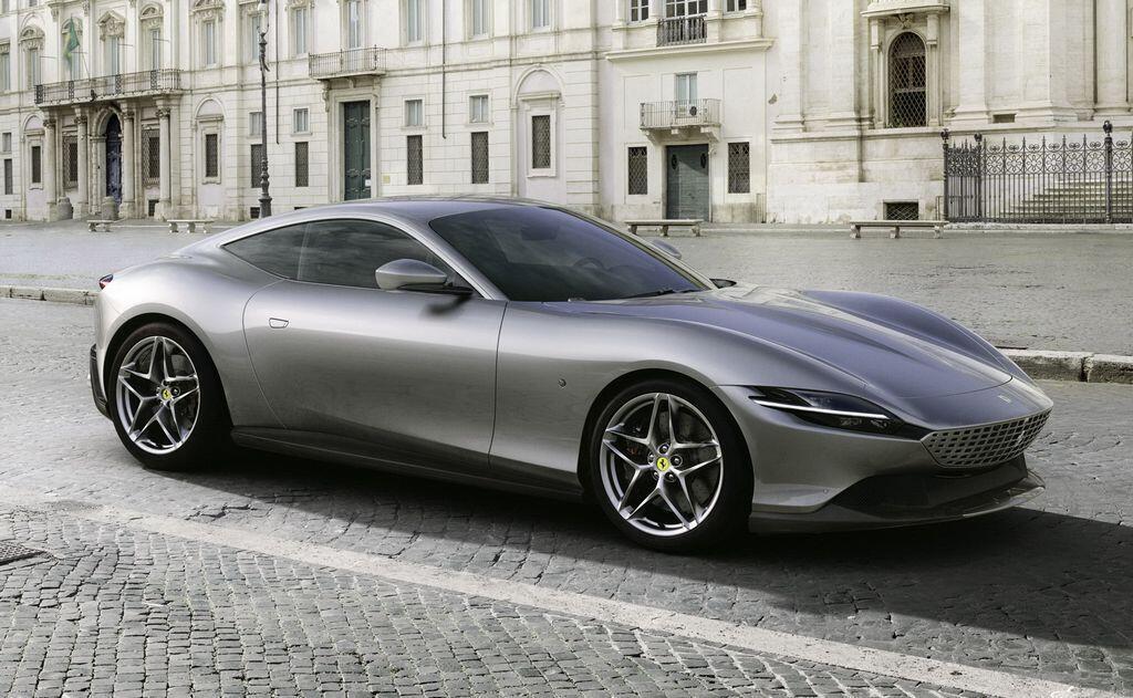 Ferrari cũng chính thức cho ra mắt siêu phẩm Roma